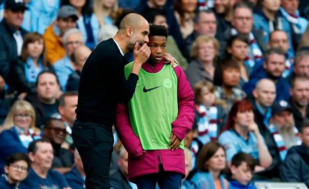 """Guardiola explains why he gave ball boy """"tactical instructions"""""""