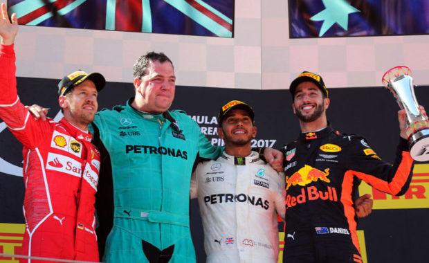 Daniel Ricciardo Reveal How Lewis Hamilton beat Sebastian Vettel to F1 title