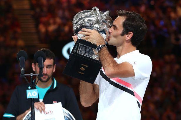 Federer kisses austalian open 2018