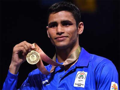 Manish kaushik medal